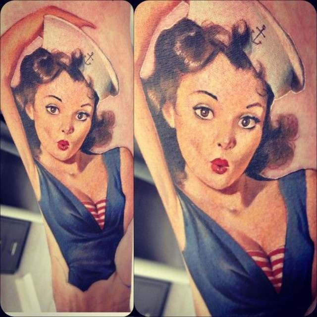 Tatouage pin up style marin vintage par victor chil