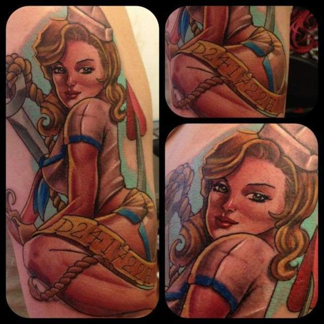 Tatouage pin up vintage theme marin par mat rodage